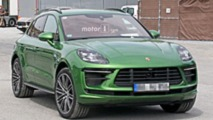 2019 Porsche Macan Turbo facelift spy photos