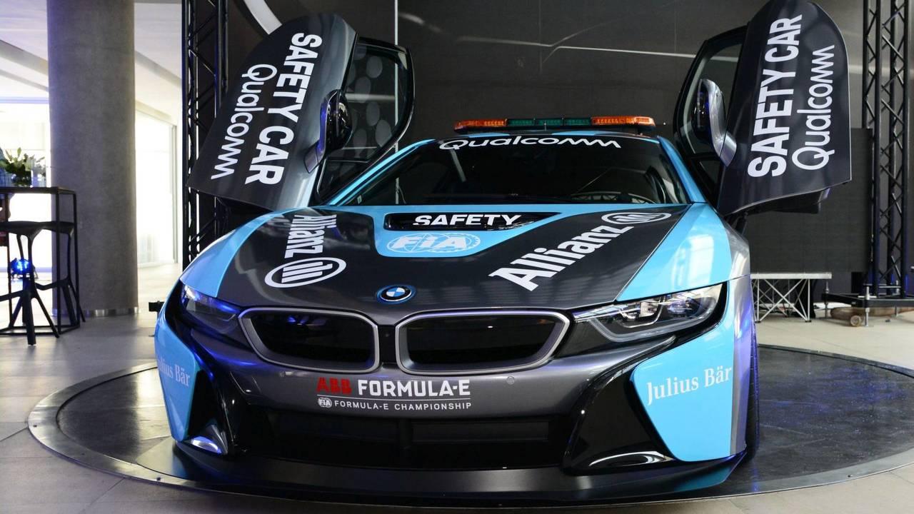 Qualcomm BMW i8 Coupé Safety Car