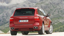 Cayenne GTS Speeds Past