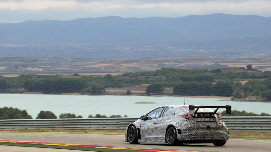 2014 Honda Civic WTCC shown in the metal for the first time