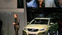 Live revealing of all new Volvo XC60 in Geneva
