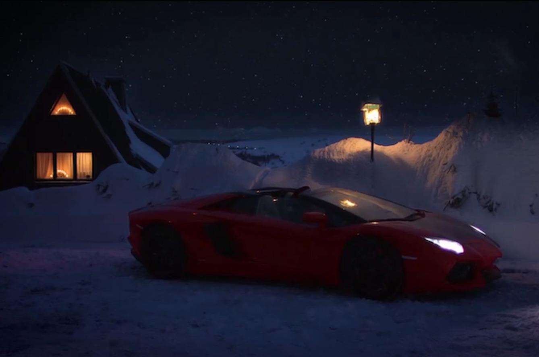 Screw Reindeer, This Year Santa Has a Lamborghini Aventador Roadster