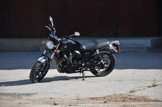 The Honda CB1100 is a Café Racer for the Modern Age: Review