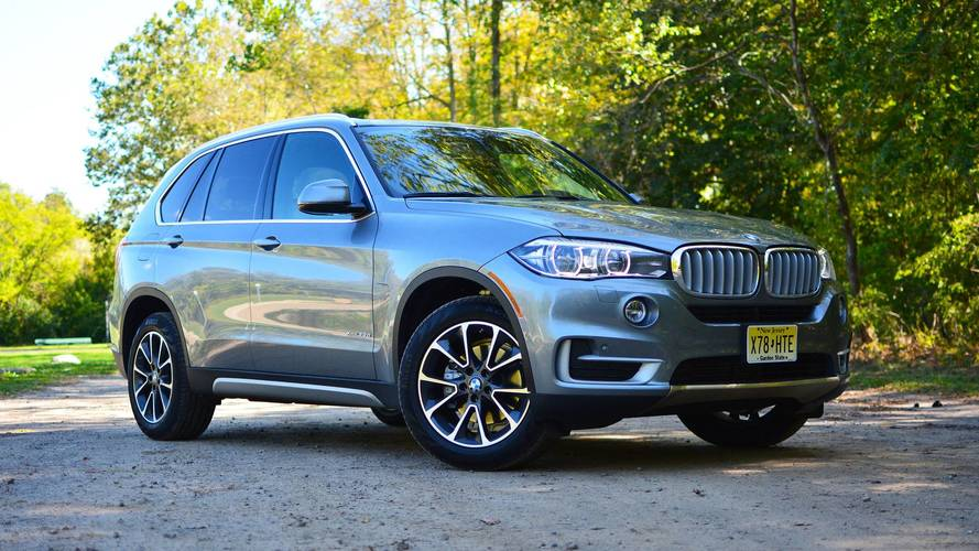 BMW X5 Soft-Close Electric Door Allegedly Cuts Off Owner's Thumb