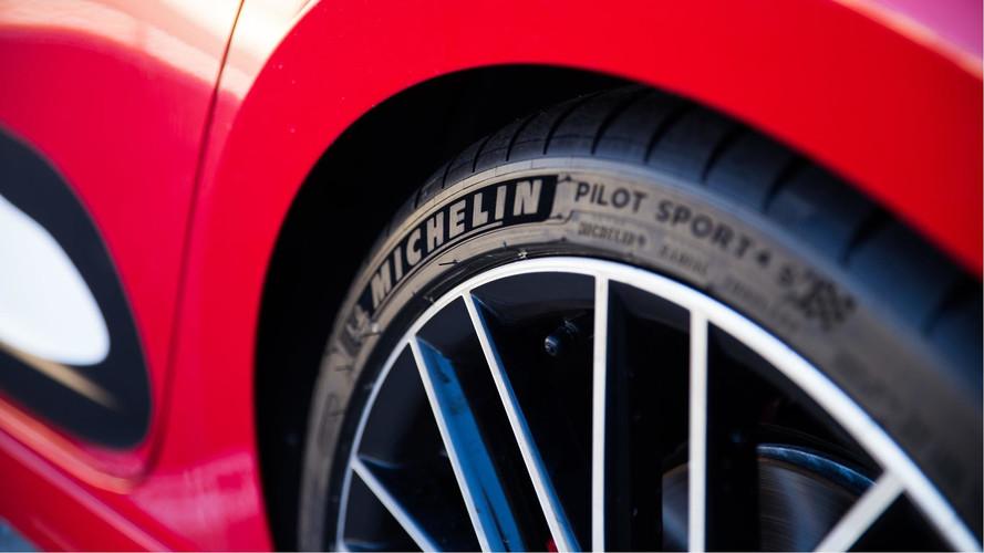 Michelin lança pneu Pilot Sport 4 S para superesportivos