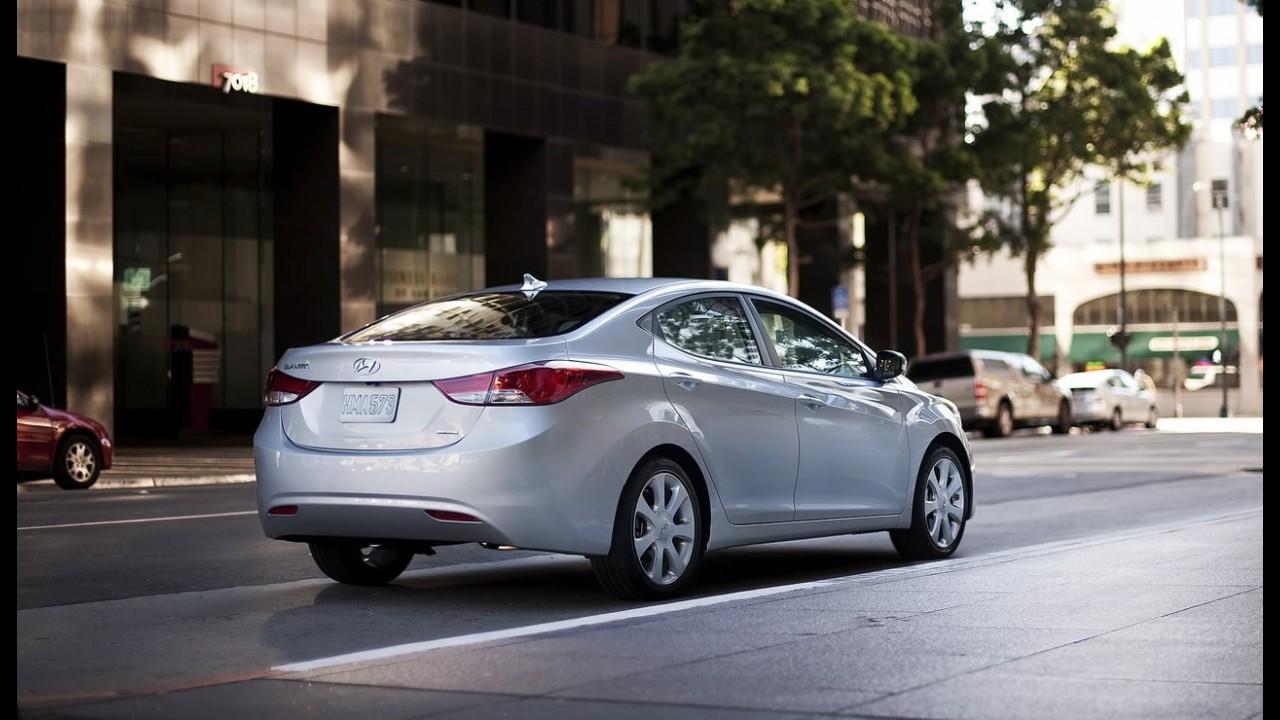 Hyundai Elantra ganha novos itens de série no Brasil