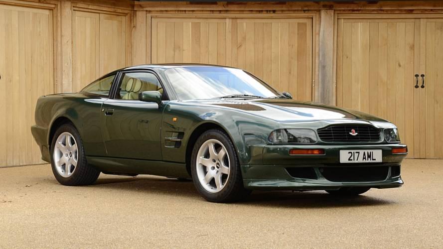 Aston Martin V8, le foto storiche