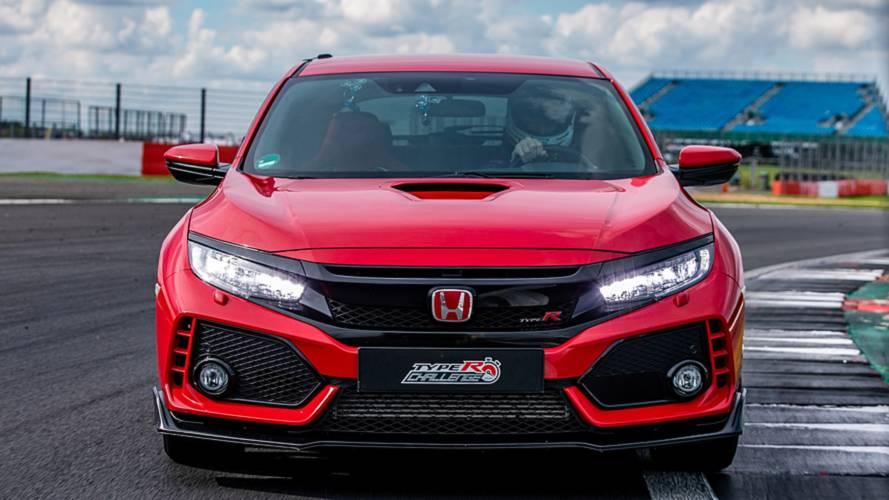 Honda Civic Type R record at Silverstone