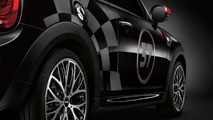 Minis with John Cooper Works accessories