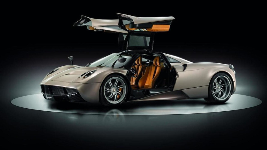 Pagani Huayra officially revealed