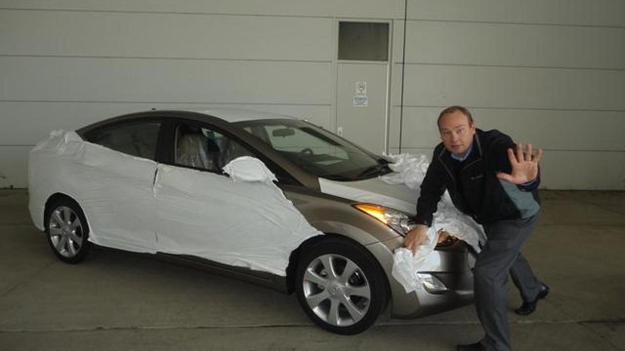 2011 Hyundai Elantra teaser image