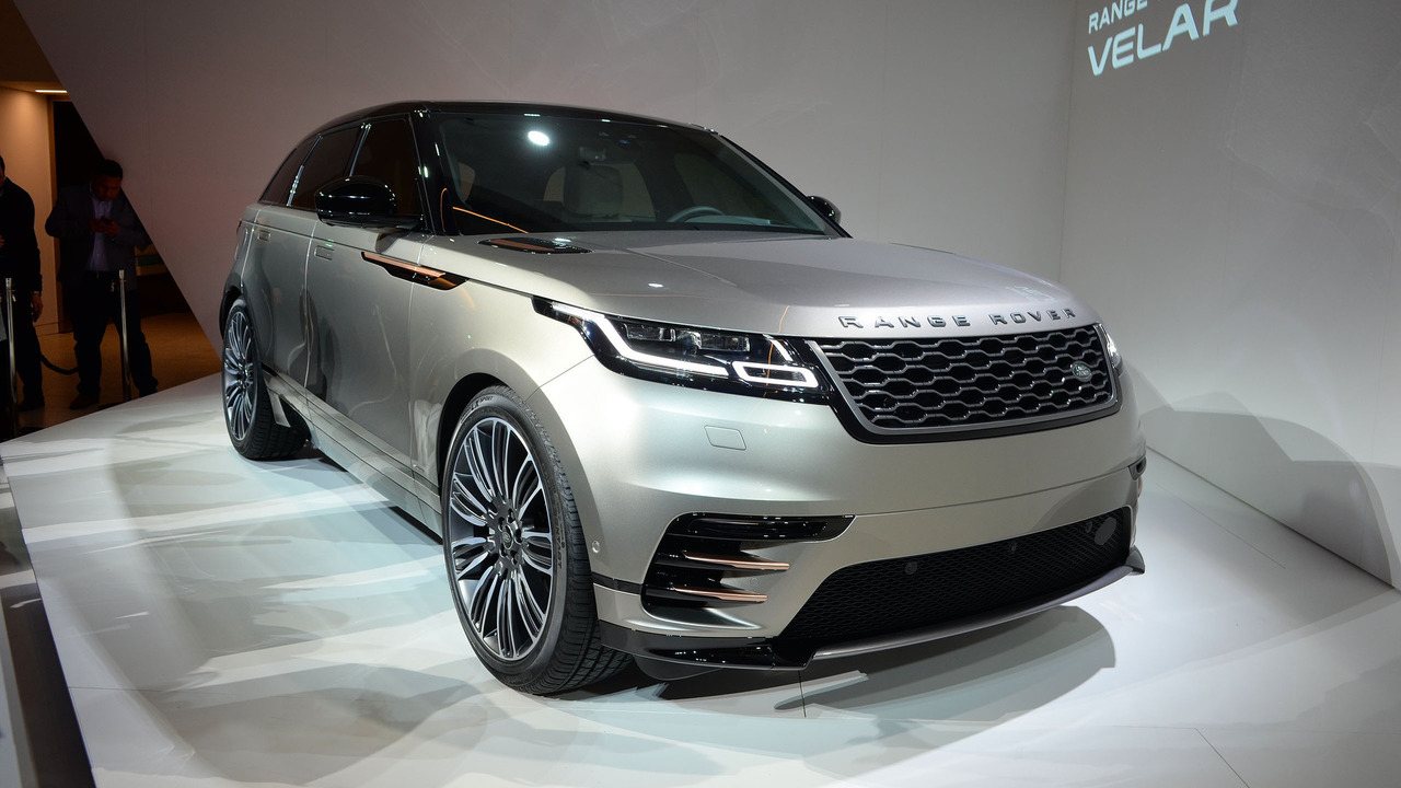 range rover velar and 2018 jaguar f type to debut in new york. Black Bedroom Furniture Sets. Home Design Ideas