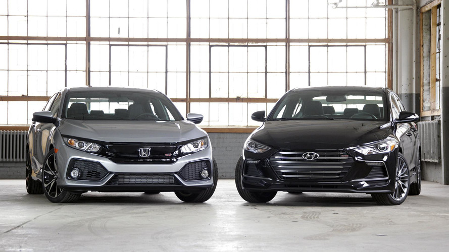 Honda Civic Si vs. Hyundai Elantra Sport: Value-Minded Thrills