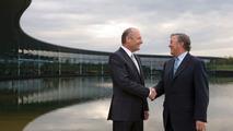 Ron Dennis steps down as McLaren CEO