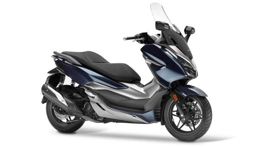 Honda presenta su nuevo scooter Forza 300