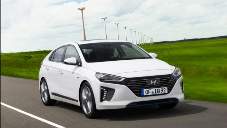 Hyundai Ioniq, all'inseguimento di Prius