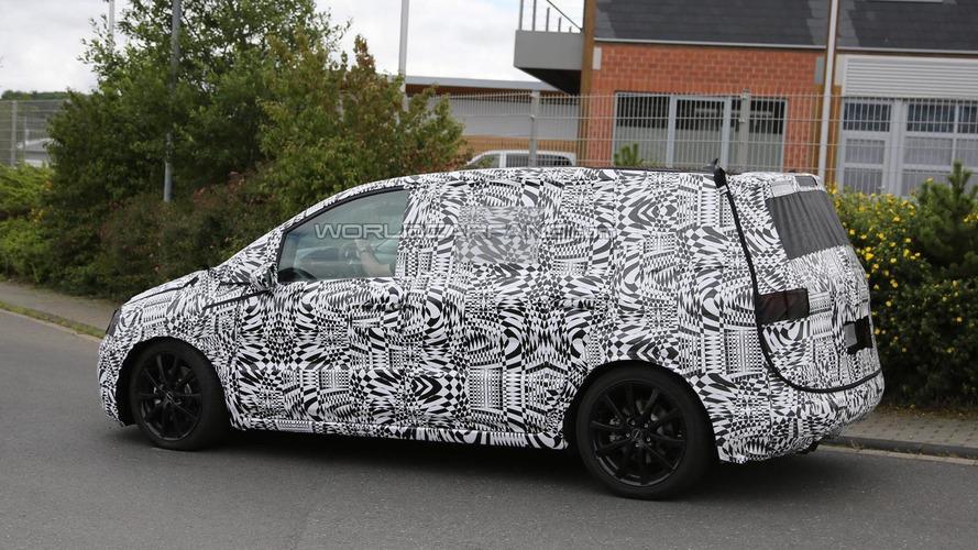 Next-gen Volkswagen Touran spied in Germany