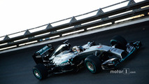 Mercedes won't name Rosberg replacement in 2016