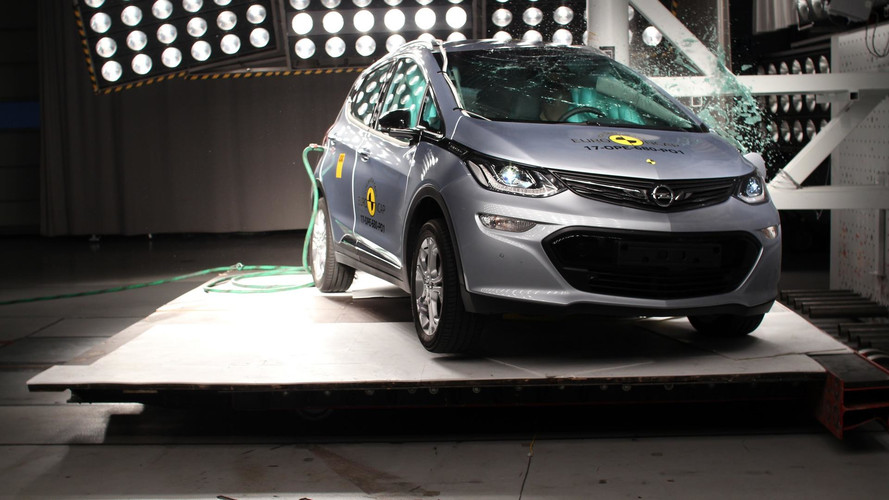 ford fiesta ncap rating with Opel  Era E Euro Ncap on 713783 Ford Galaxy Isofix Points furthermore 26619 furthermore Watch additionally The Way These Indian Cars Performed In Crash Tests Is Horrifying as well Ford Transit Olx.