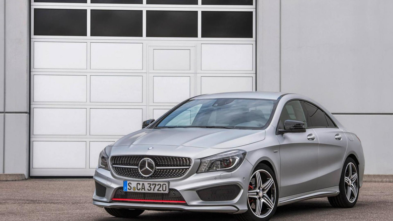 Mercedes benz publishes photos with cla 45 amg racing for Mercedes benz cla 250 sport 2013