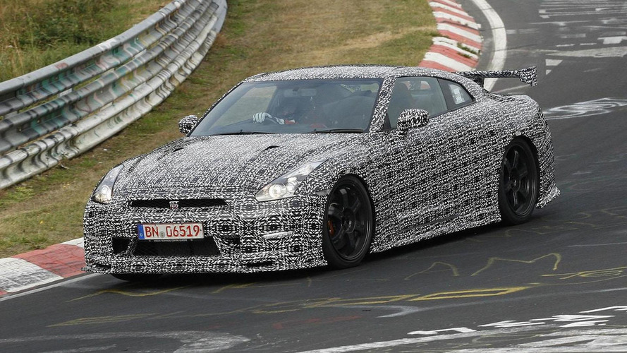 Nissan GT-R Nismo, DAYZ ROOX & LEAF Aero Style to debut in Tokyo