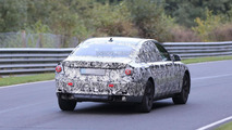 2016 BMW 7-Series spied, driver not so pleased [video]