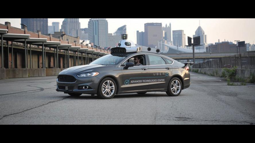 Uber, dopo un incidente stop ai test sulla guida autonoma
