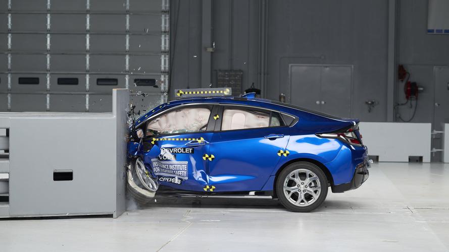 2017 Chevrolet Volt Crash Test