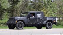 2019 Jeep Wrangler pickup spy photo
