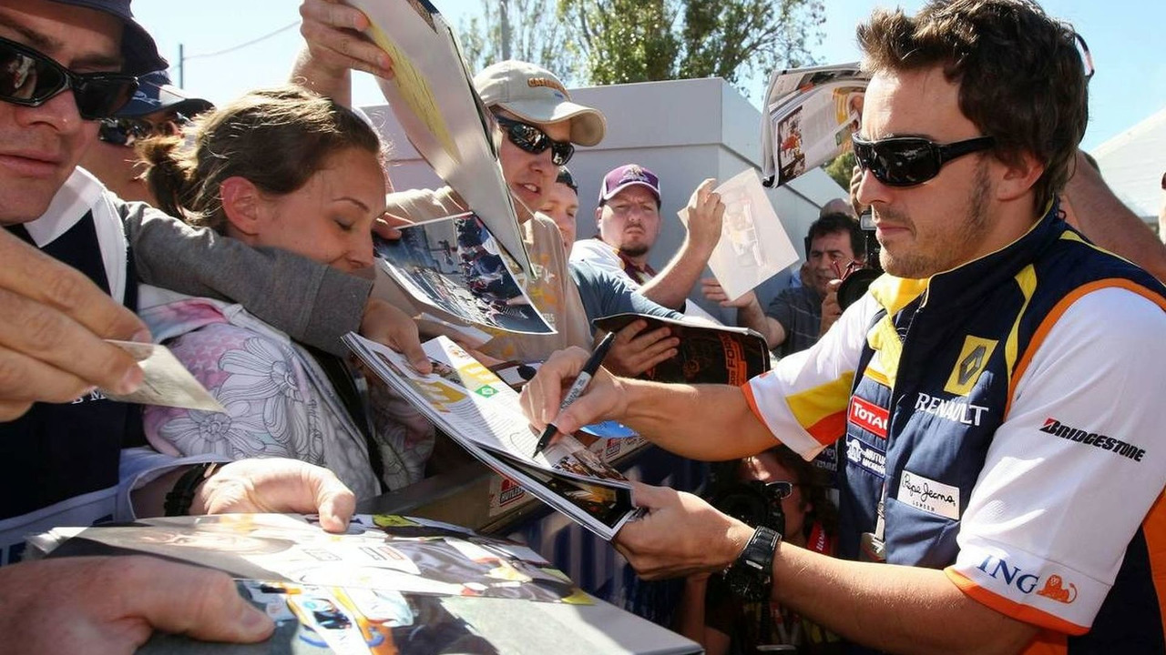 Fernando Alonso autograph signing, Australian Grand Prix 28.03.2009