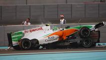 Vitantonio Liuzzi (ITA), Force India F1 Team and Michael Schumacher (GER), Mercedes GP Petronas crashed - Formula 1 World Championship, Rd 19, Abu Dhabi Grand Prix, 14.11.2010