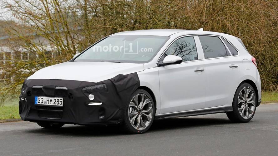 Flagra: Hyundai i30 N-Line se apronta para encarar VW Golf e Ford Focus