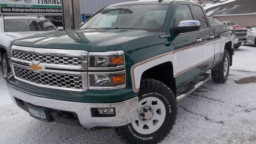 This Retro Cheyenne Conversion Of A Modern Silverado Is Awesome