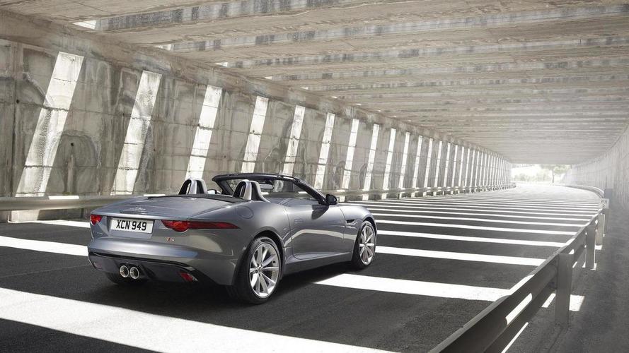 Jaguar to bring back manual transmissions - report