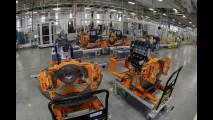 Próxima de fazer motores 3 cilindros, fábrica da GM em Joinville completa 2 anos