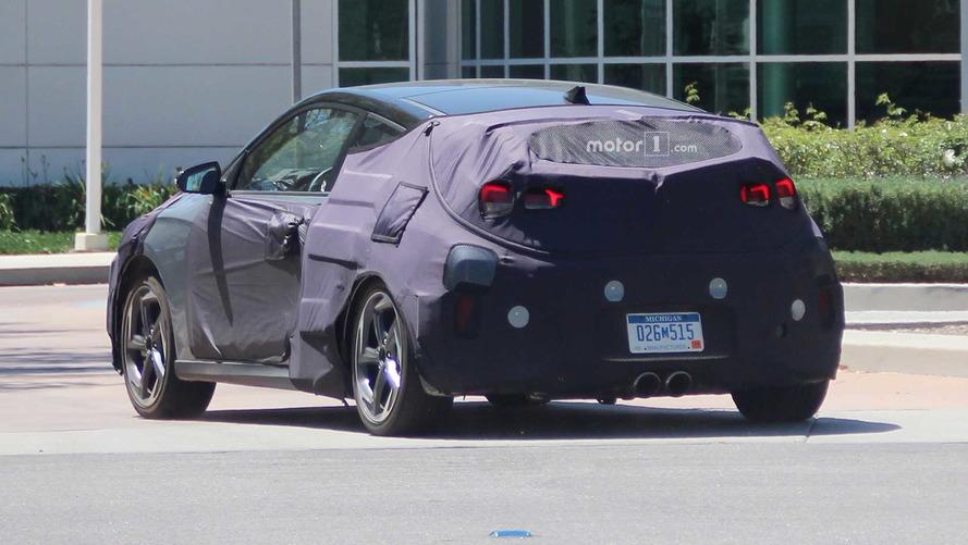 Hyundai Veloster 2018 fotos espía