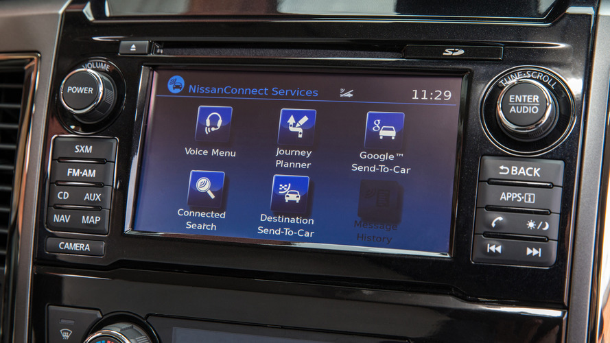 Phone connectivity a top priority for new-car shoppers, survey says