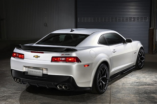 2014 Chevrolet Camaro Z/28 Costs $75,000: Worth the Price?