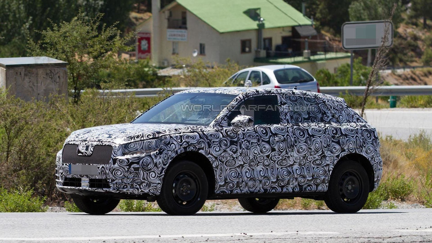 2017 Audi Q1 spied for the first time