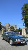 Daimler Super V8 LWB owned by Queen Elizabeth II headed to auction