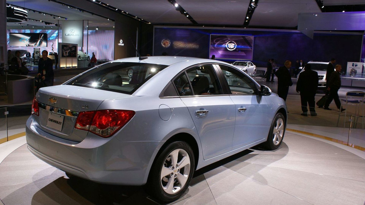 2011 Chevrolet Cruze U.S. spec live in Detroit, NAIAS 12.01.2010