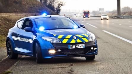 DIAPORAMA - Les voitures de la Gendarmerie