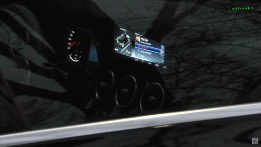 2018 Mercedes C-Class plug-in hybrid facelift screenshots from spy video