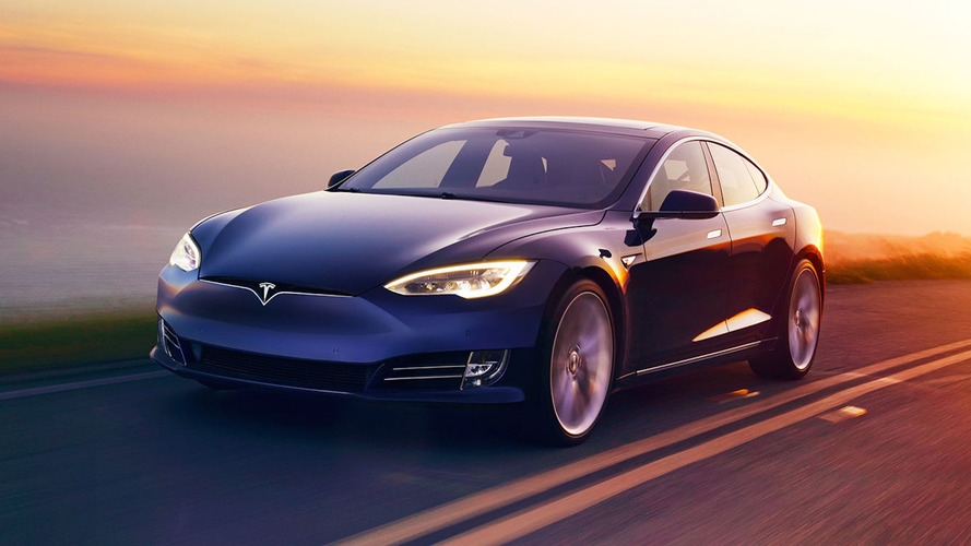 Tesla Outperforms Expectations, Delivers 25,000 EVs In Q1