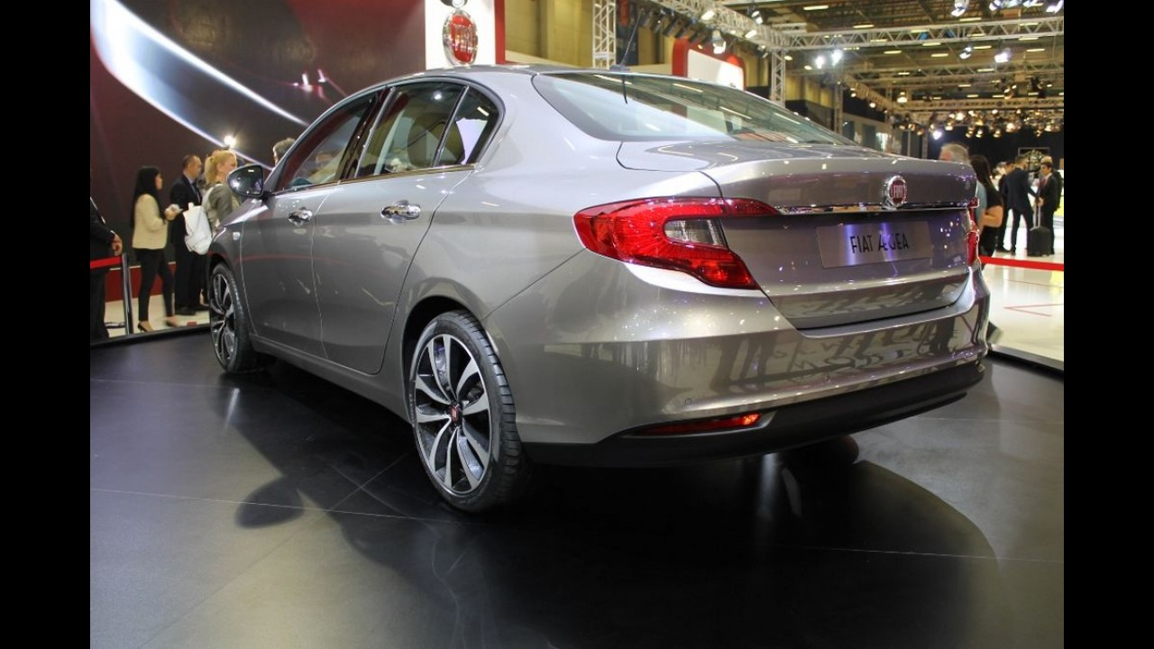 Fiat Aegea: sucessor do Linea terá um novo nome e versões hatch e perua
