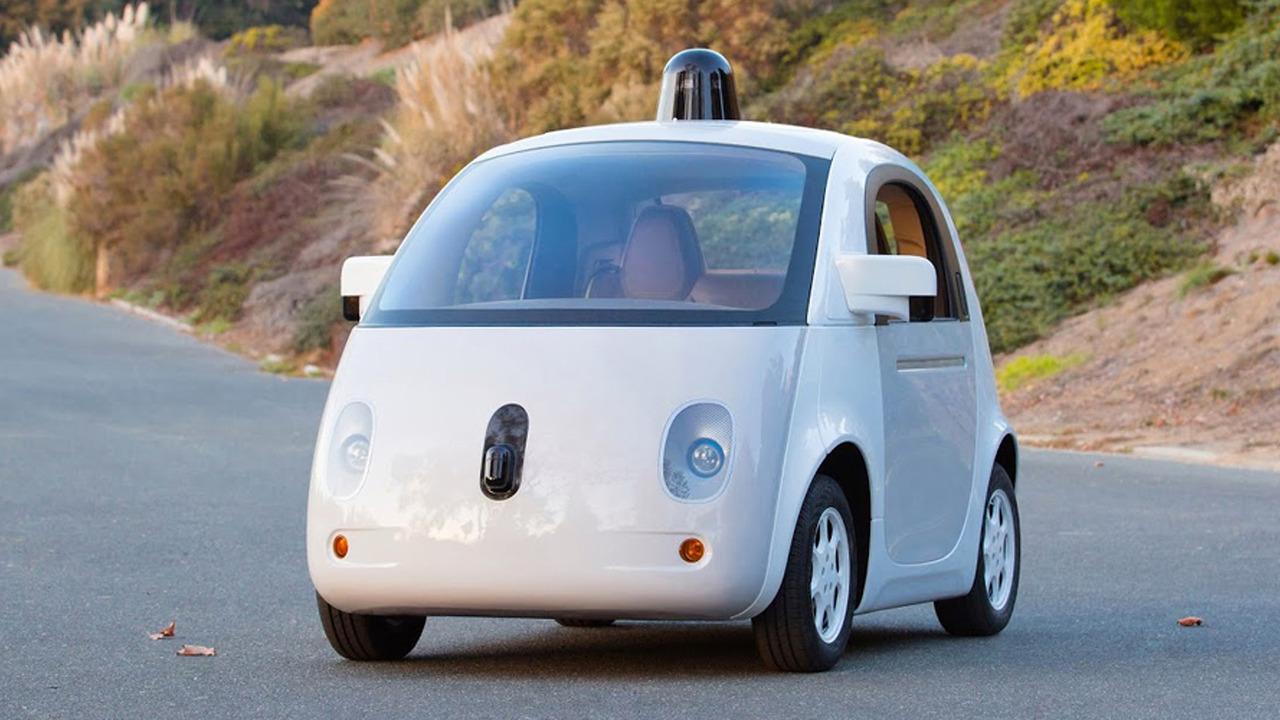 Kaliforniya'da otonom araçlar artık kendi başlarına dolaşabilecekler