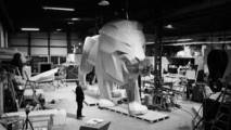 León gigante de Peugeot