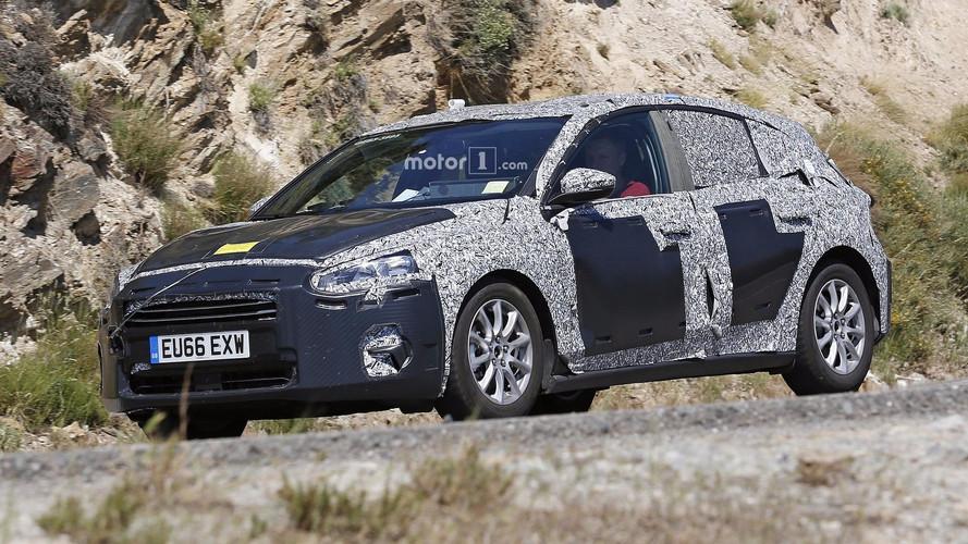 Photos espion - La future Ford Focus se profile