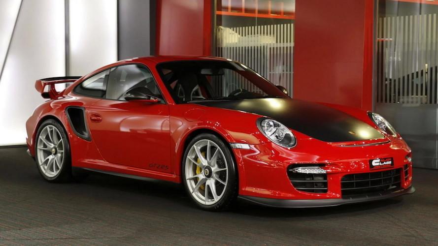 $723,000 Previous-Gen Porsche 911 GT2 RS Makes New One Seem Cheap