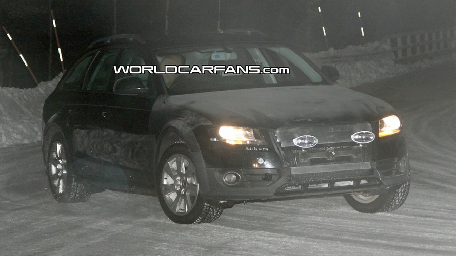 Audi A4 Avant AllRoad Spied in the Dark